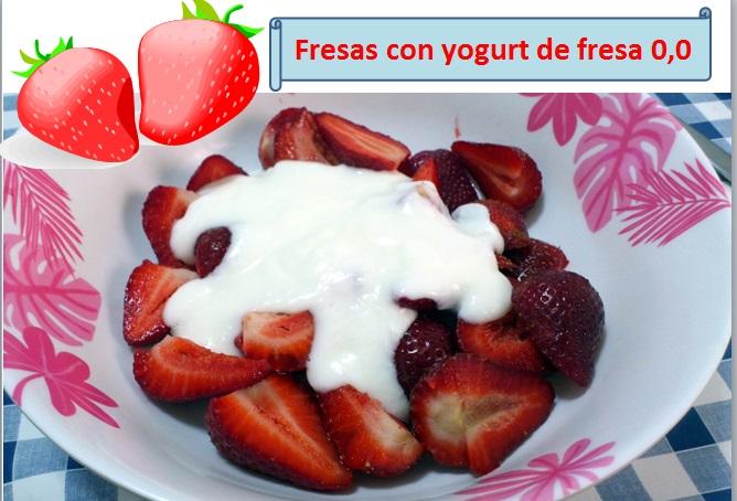 Fresas con yogurt de fresa desnatado
