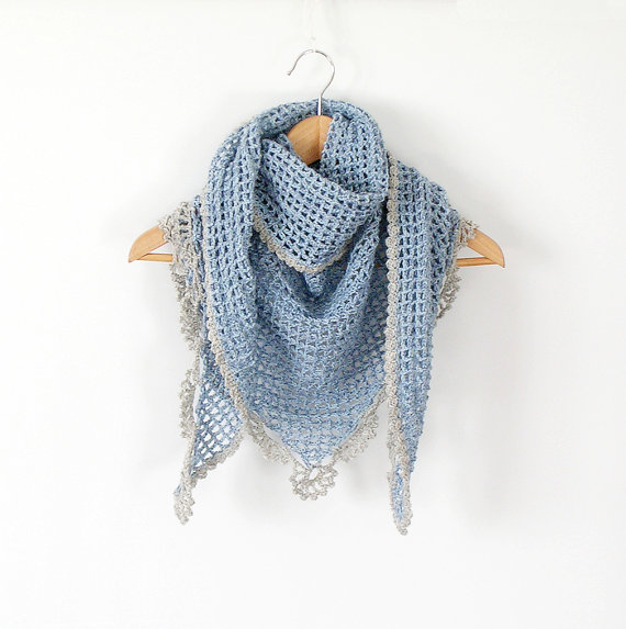 Scarf placid blue