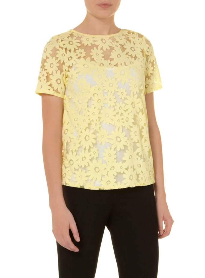 camiseta amarilla margaritas