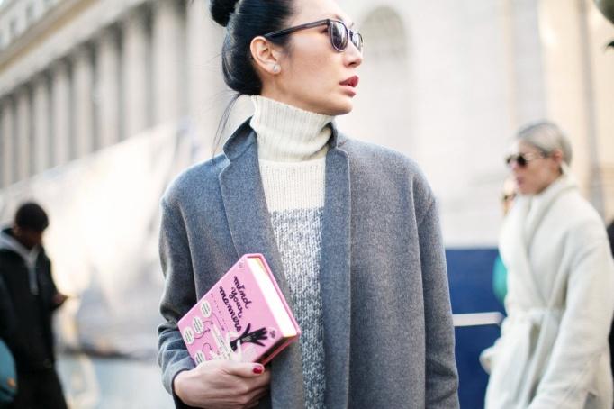 bolso libro rosa