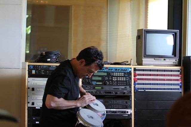 Manolo García tocando
