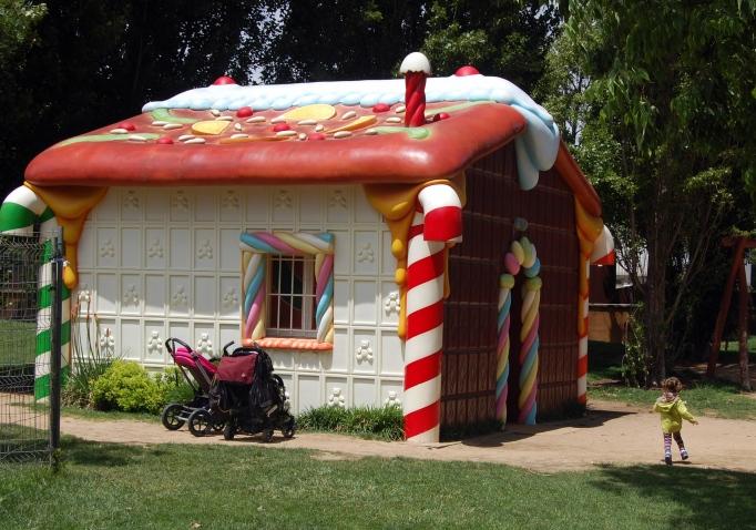 parc francesc macià casita de chocolate