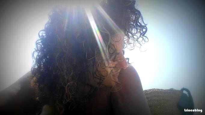 selfie de perfil en la playa
