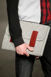 Desigual cartera hombre gris roja