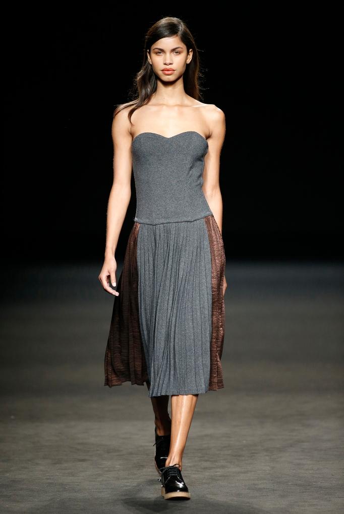Sita Murt vestido gris cobre
